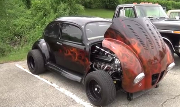 A hot rod bug. Click the image to see a video.